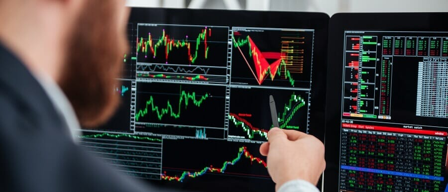 what signal providers do in social trading
