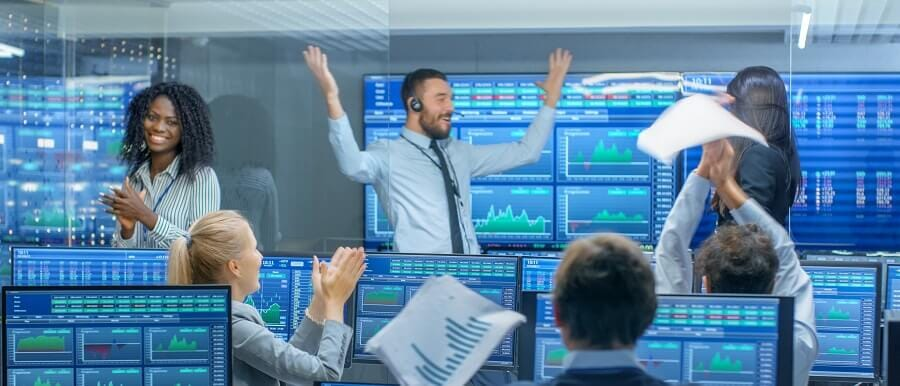 categories of signal providers in social trading